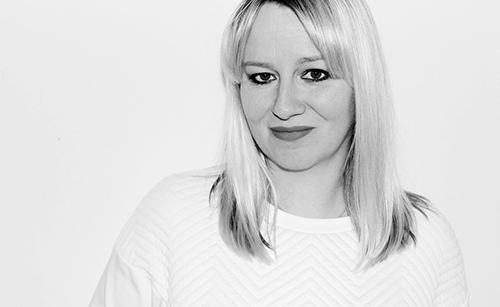 Bestselling Author Lisa Gray
